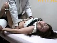 不妊で悩む女性を騙して中出しレイプする鬼畜医師