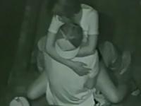 キスをしながら対面座位で愛し合っているカップル