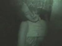 暗視カメラで車内を覗いてみたらカップルがセックスしてた