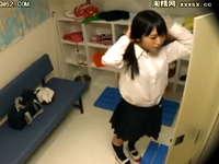 女子更衣室を盗撮したら女子校生の着替えが想像以上にエロかった