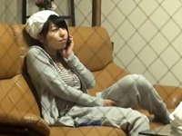 普通の女子大生がお風呂上りにローターを使ってオナニーを始めてしまうベランダ盗撮