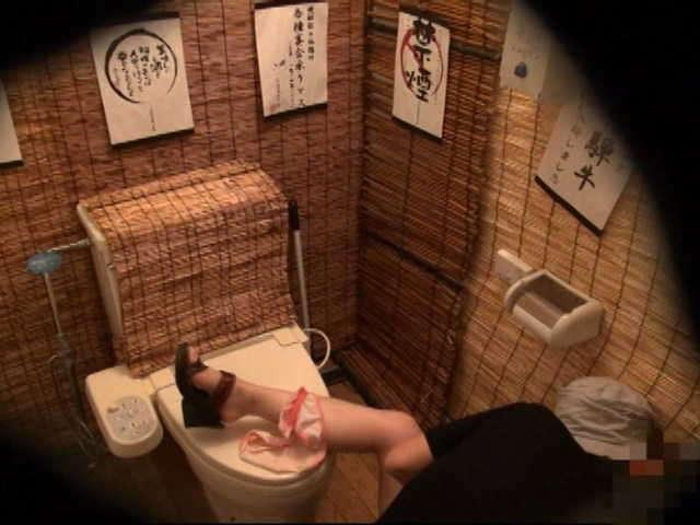 居酒屋のトイレ3