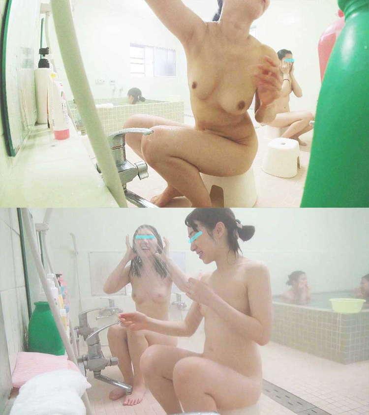 女子大合宿所の大浴場3