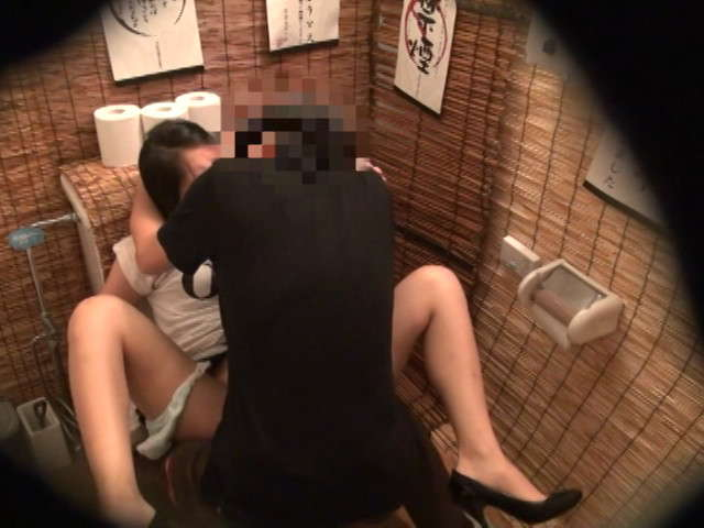 居酒屋のトイレ5