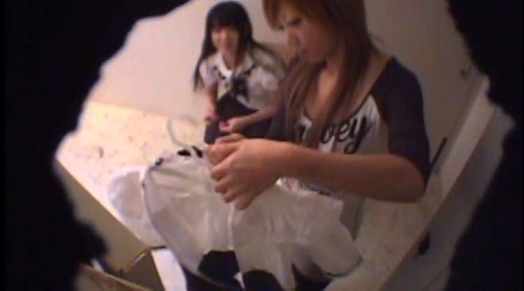 メイド喫茶の更衣室-6