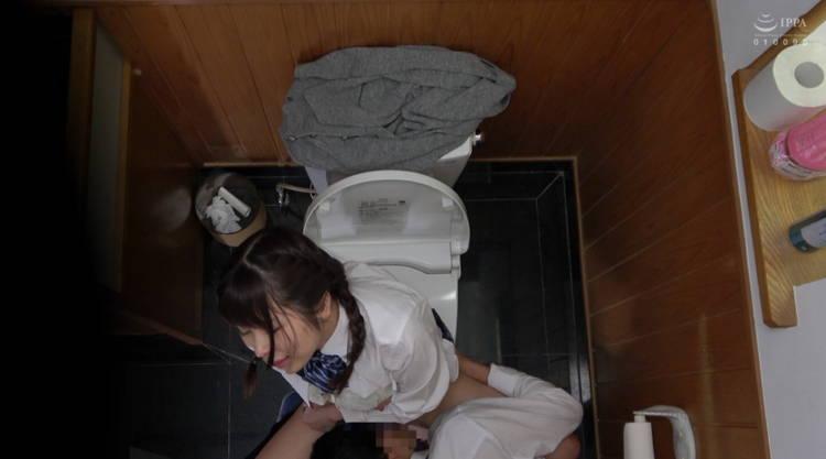 トイレでセックス…4
